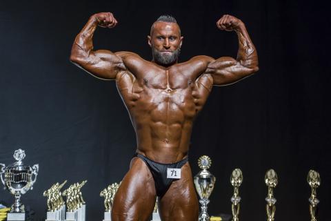 heavyweight_bodybuilding_men
